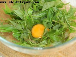 有山家园香椿煎鸡蛋